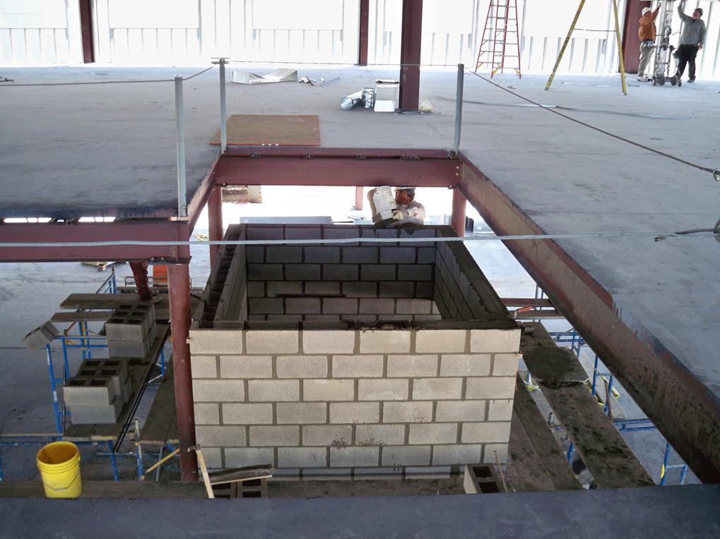 Building Built With No Elevator : Construction gms elevator